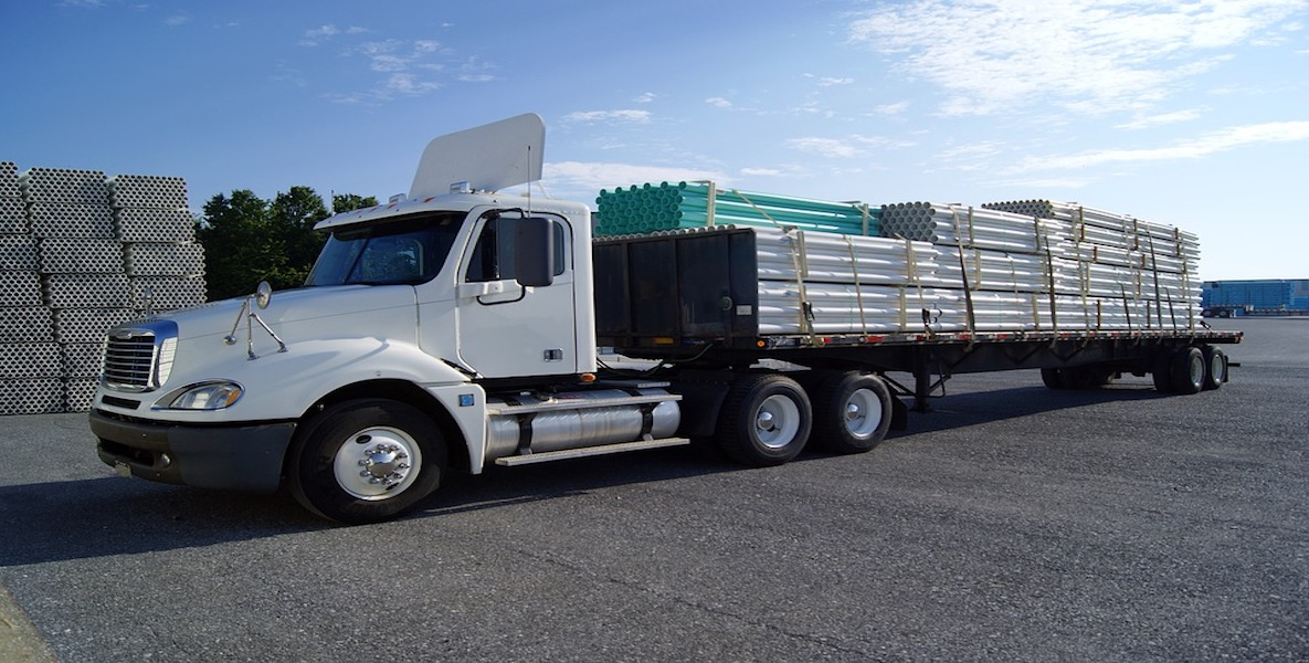 Types of truck trailers: flatbed